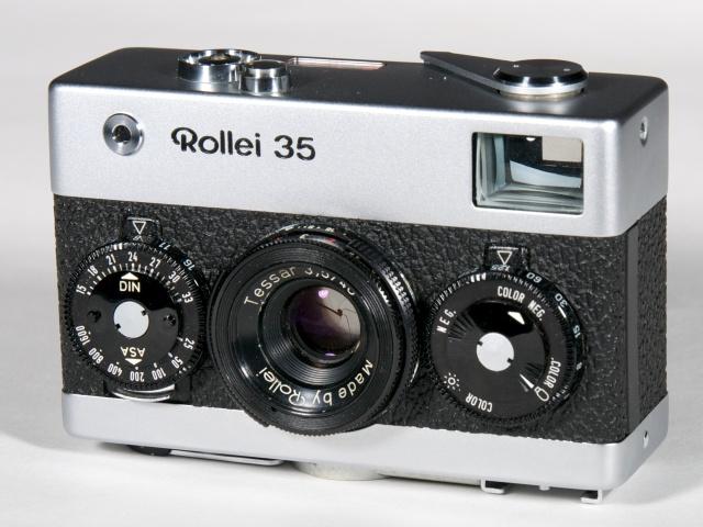 Rollei_35_Camera_(7169624013)[1].jpg